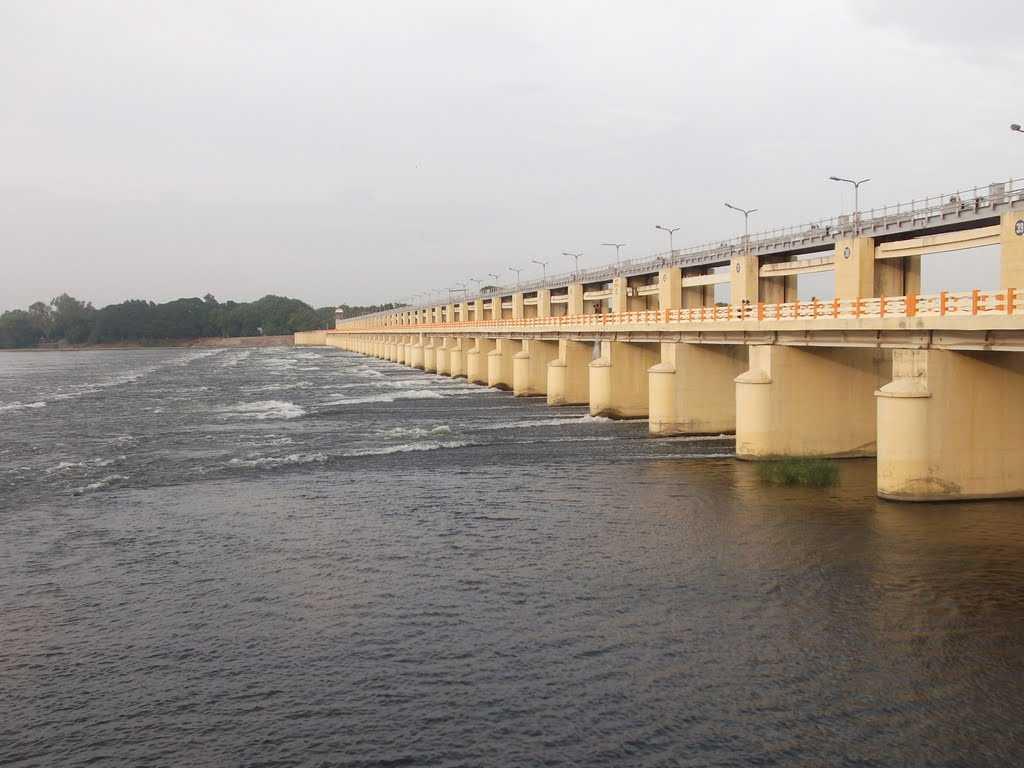 mukkombu dam