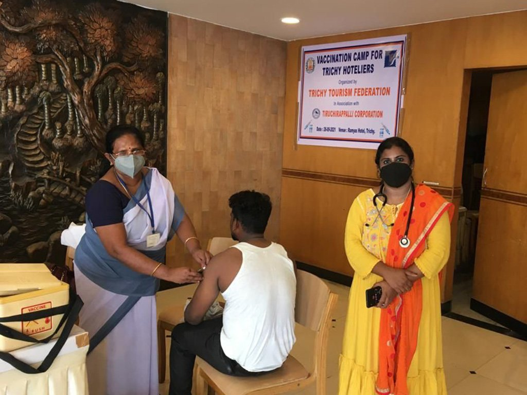 vaccination-camp-at-ramyas-hotel-trichy