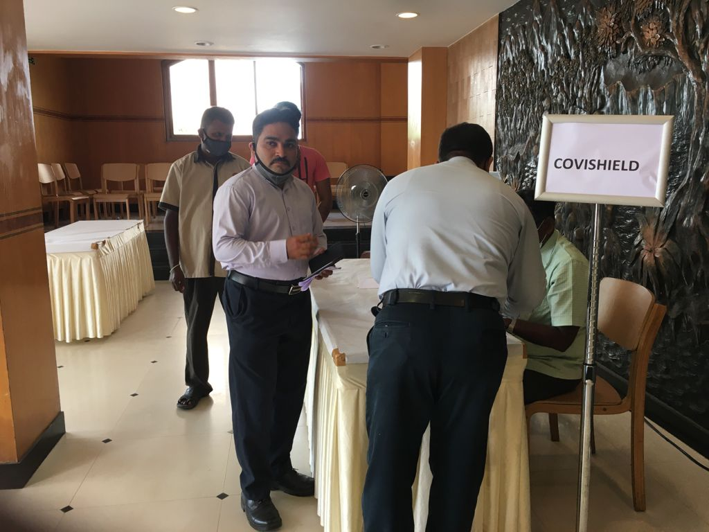 vaccination-camp-for-public-ramyas-hotel-trichy