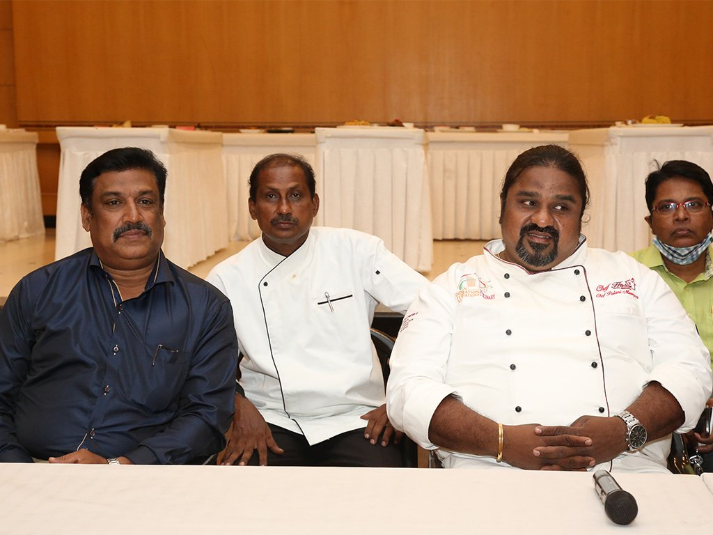 speakers-at-chef-competition-at-ramyas-hotel-trichy