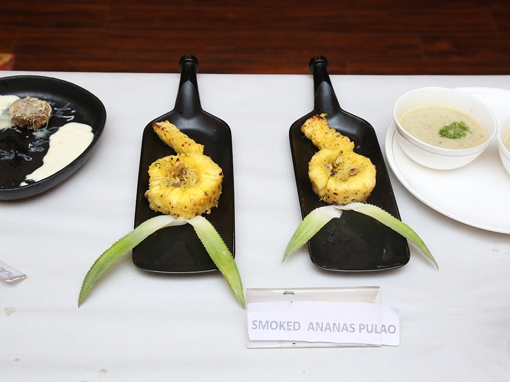 special-dish-smoked-ananas-pulao-at-chef-competition-ramyas-hotel